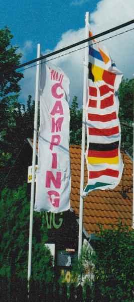 zászló, molinó szitázás illusztráció